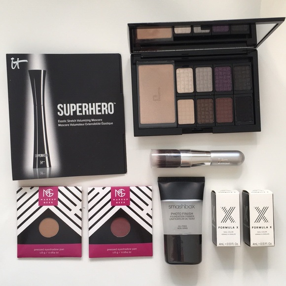 025e573baf7 Doucce Makeup | 140 Set Bundle Smashbox It Cosmetic | Poshmark